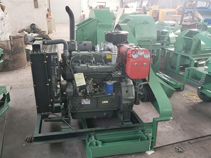diesel engine type wood shaver