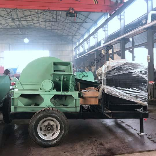 wood crusher with wheels