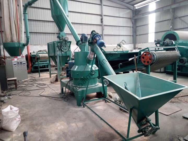 wood grinding production line